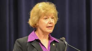 Read full article: Tammy Baldwin Meets With UW Medical Researchers