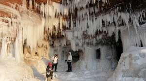 Read full article: Another Record-Breaking Weekend At Apostle Islands Ice Caves
