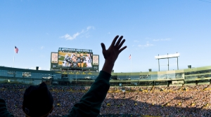 Packers fans cheer