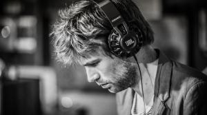 Guy wearing headphones.