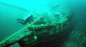 wreck of the schooner Northerner, image by Wisconsin Historical Society
