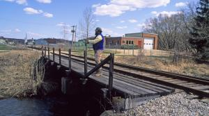 Read full article: Walking Across Railroad Tracks Would Be Allowed Under Bipartisan Measure
