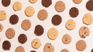 A grid of cookies alternate between light and dark colored treats.