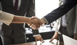 shaking hands handshake agreement