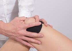 Examining knee cap