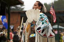 pow wow dancer, Amy Puzia (CC-BY-NC)