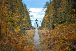 lighthouse baileys harbor door county