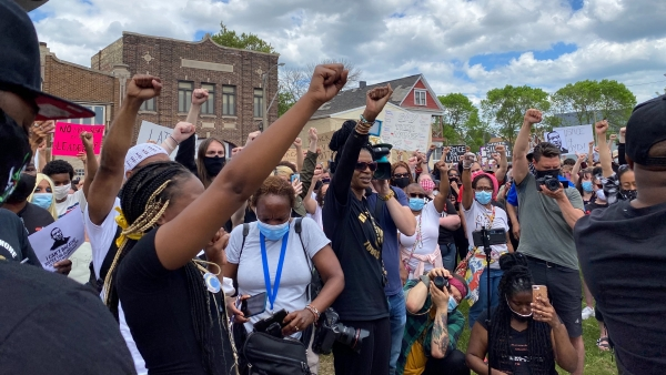 Demonstratorsgather in Milwaukee to protest the death of George Floyd