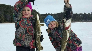 Toshner twins catch fish