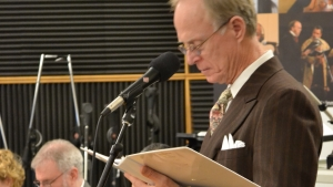 Photo of Norman Gilliland hosting Old Time Radio live event