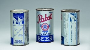 Many of the earliest flat-top cans