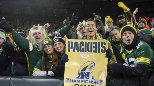 Packers fans celebrate divisional-round playoff win against Seahawks