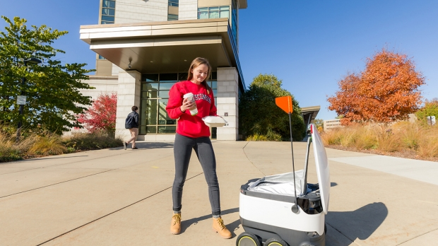 A Starship Delivery robot delivering food
