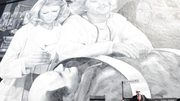 "Comedy legend Mel Brooks unveils ""Mel Brooks Boulevard"" on the Fox Lot"