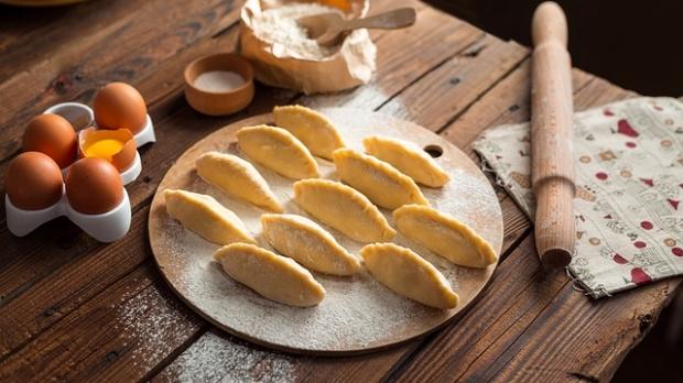 empanadas dough baking