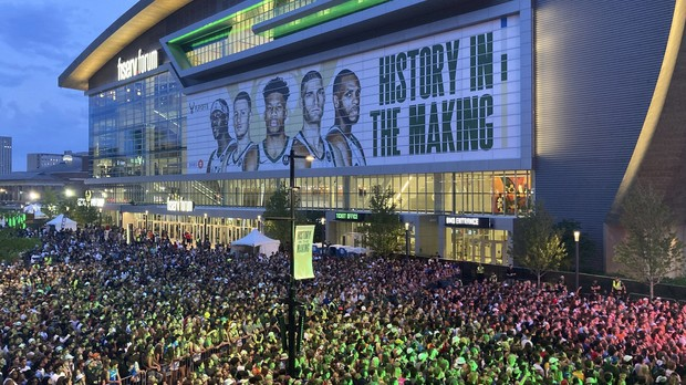 Thousands of Milwaukee Bucks fans gather outside Fiserv Forum
