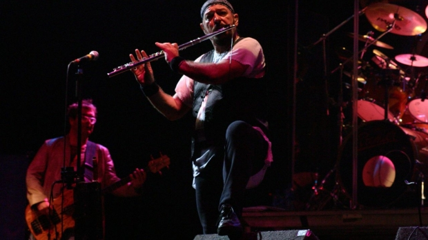 Ian Anderson, Jethro Tull at the 2004 Cropredy Festival