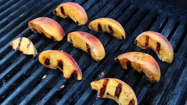 grilled peaches, woodleywonderworks