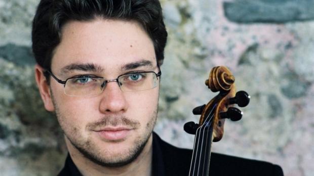 Violinist Alexander Sitkovetsky