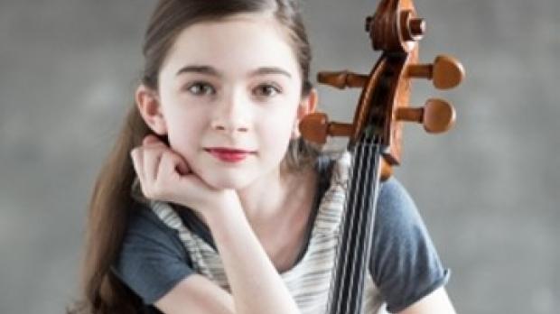 Photo of Cellist Miriam K. Smith