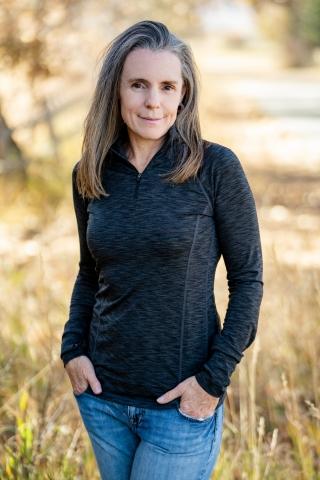 Photo of Author Johanna Garton