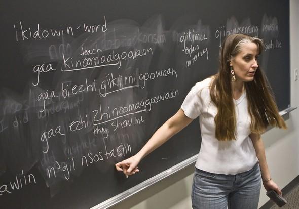 Professor: Ojibwe Language At A 'Make Or Break Point'