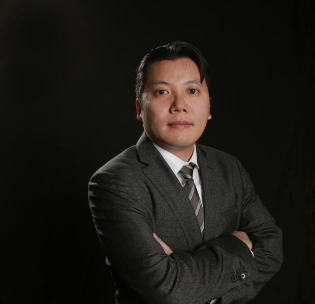 Victor Tan Chen photo