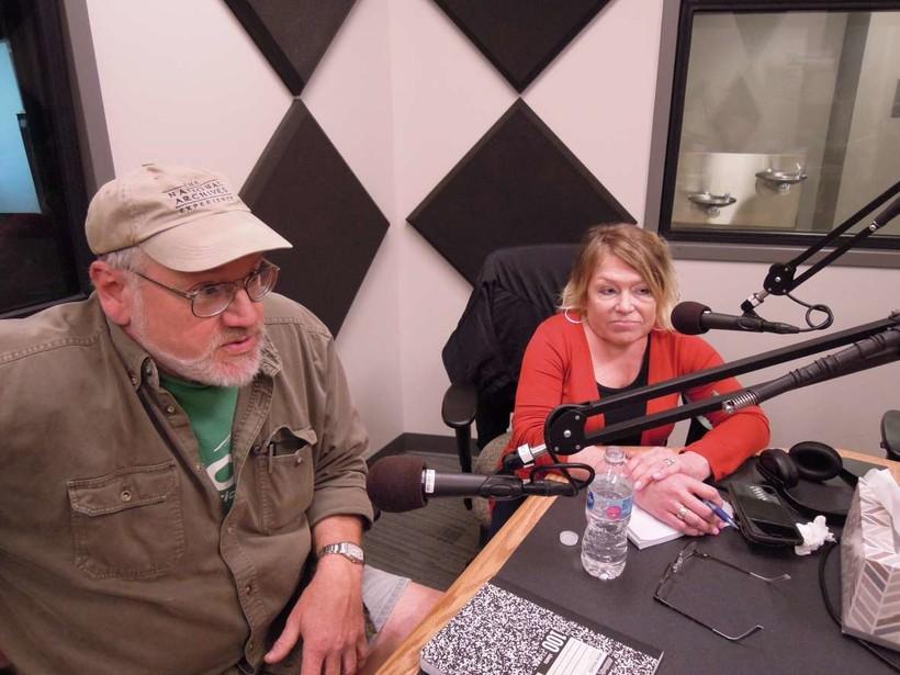 Union steward Doug Curtis, left, and teacher Pandora Lobacz