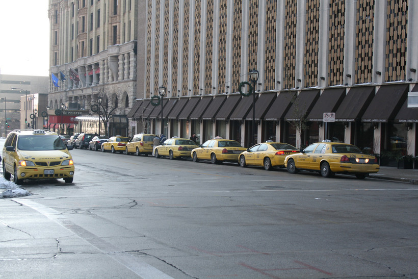 Taxis in downtown Milwaukee