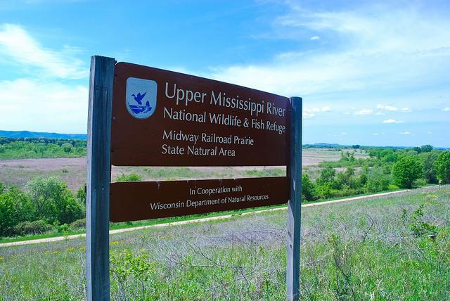 Upper Mississippi River National Wildlife & Fish Refuge sign