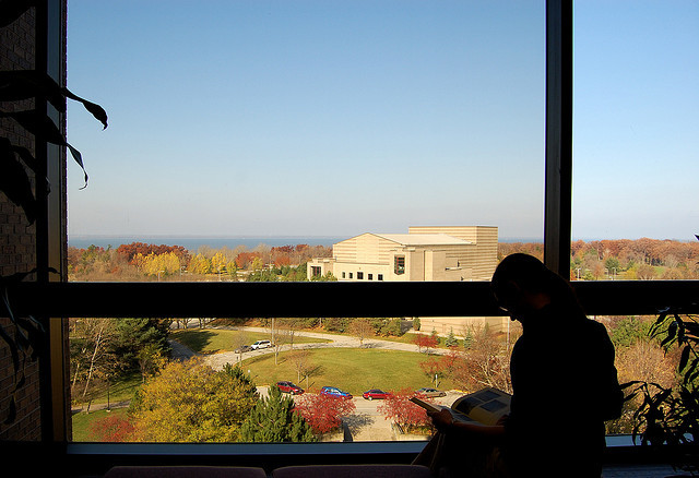 A student studying at UW-Green Bay