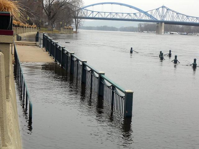 Mississippi high water in La Crosse