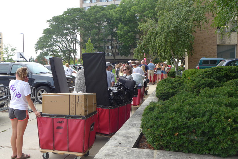 University of Wisconsin-Madison students move-in