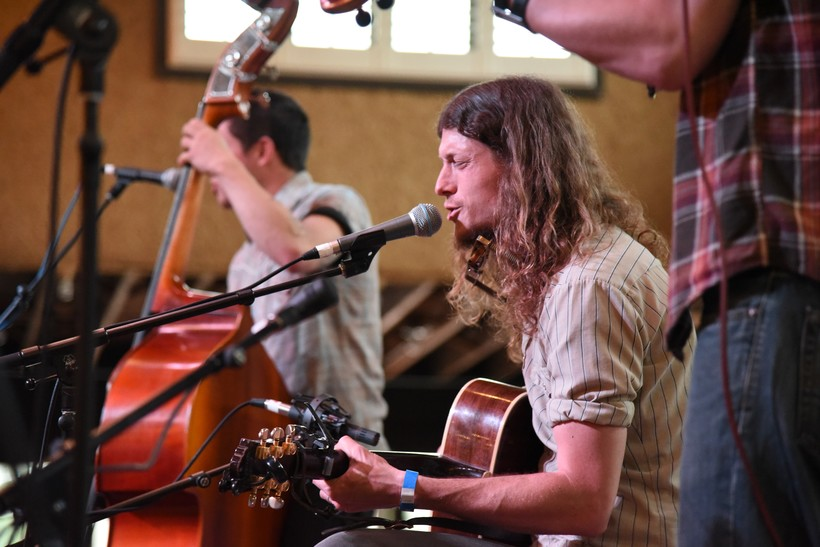 Joseph Huber performing at 2018 Simply Folk Shindig