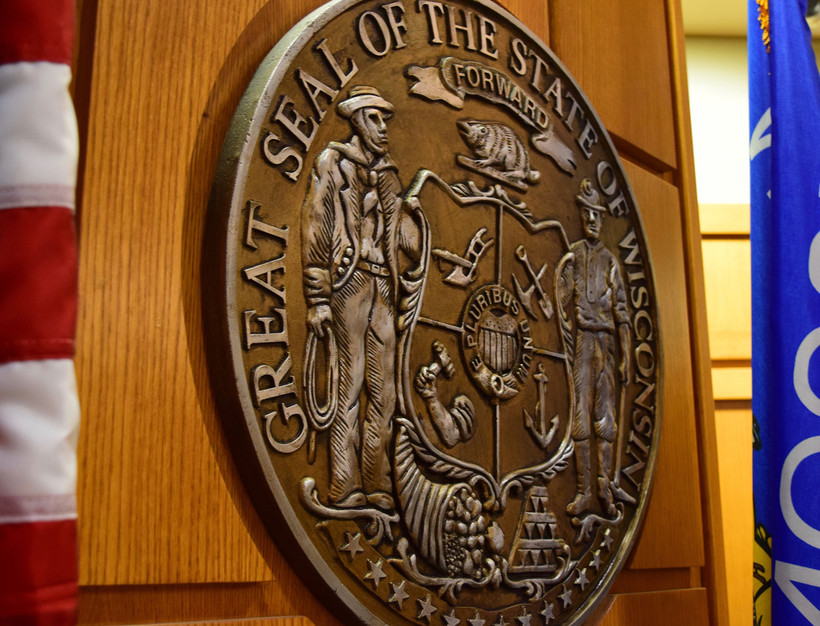 The Wisconsin state seal in a Dane County courtroom