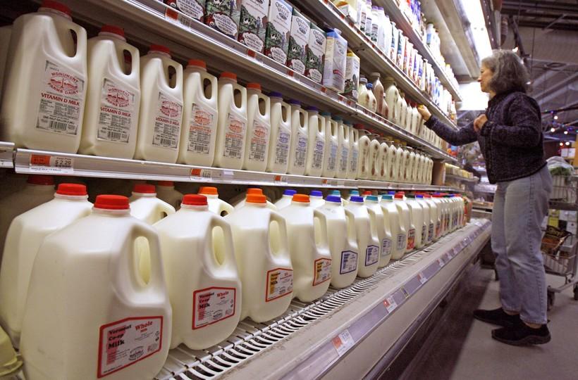 Person buying milk