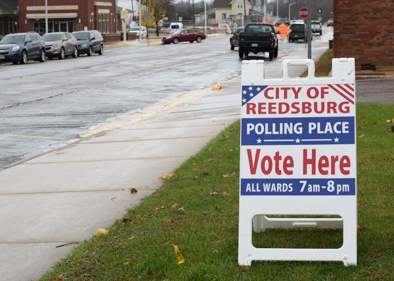 reedsburg polling place