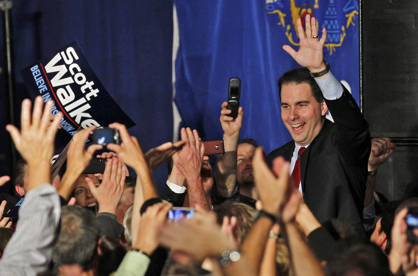 Gov. Scott Walker waves to supporters