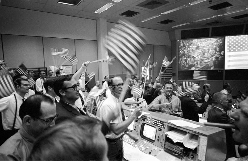 Lunar landing, Houston, Mission Control, NASA, Apollo 11