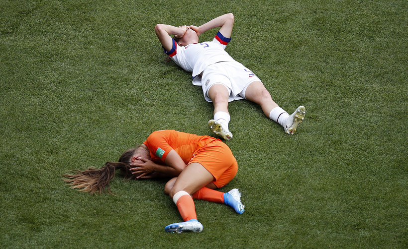 Netherlands' Lieke Martens and United States' Kelley O Hara, soccer, World Cup finale