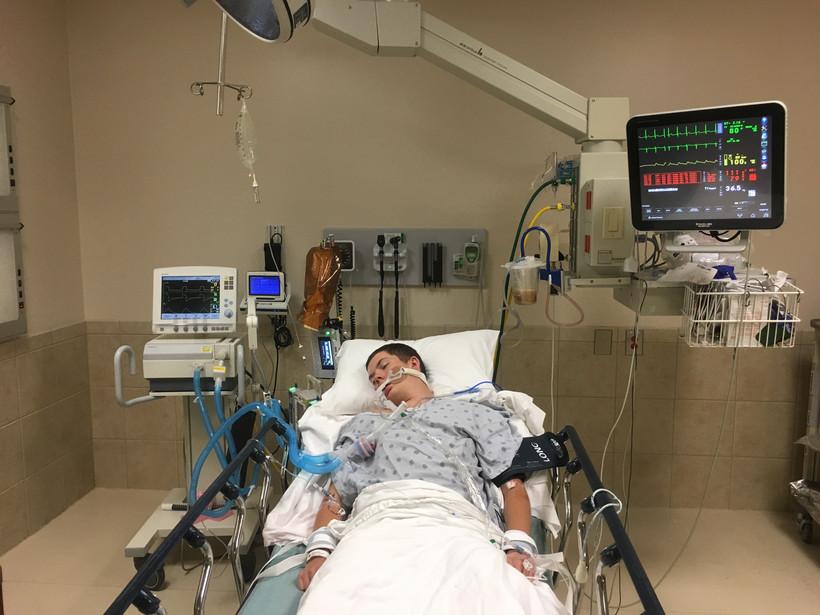 boy in ER after vaping
