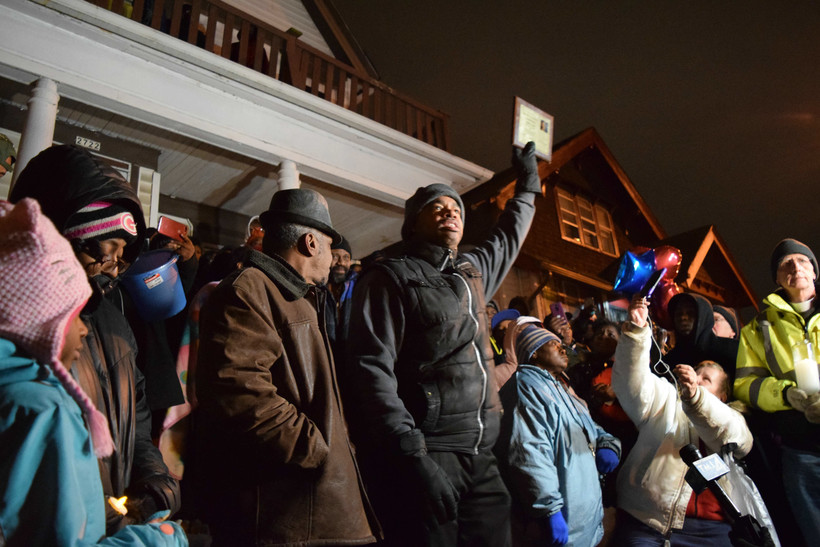 Milwaukee community organizer Tracey Dent at a vigil for Sandra Parks