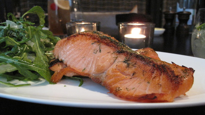 Grilled salmon with chiles