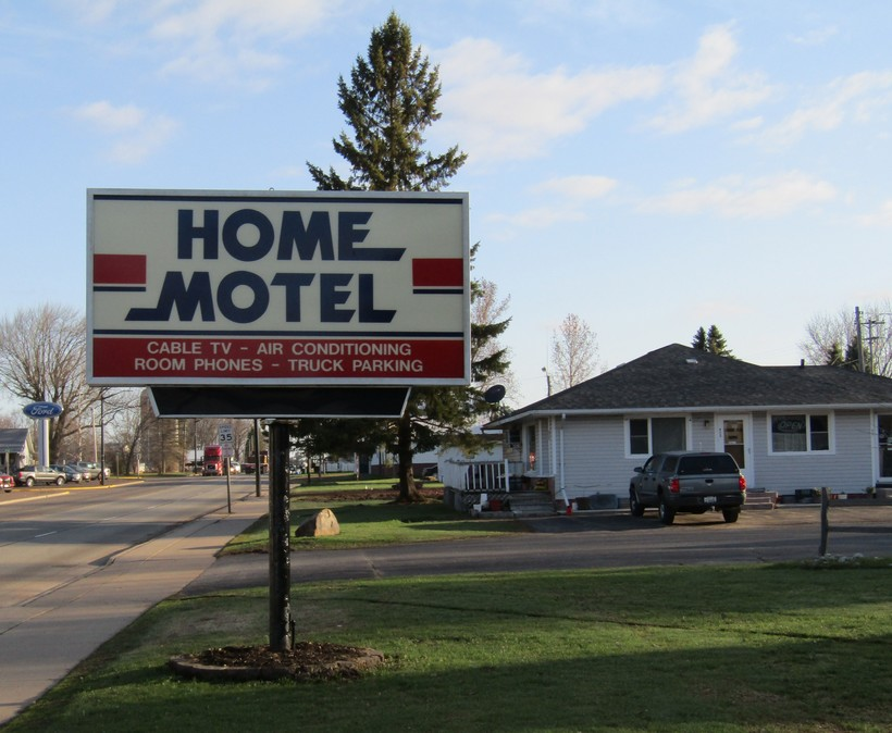 Home Motel in Abbotsford