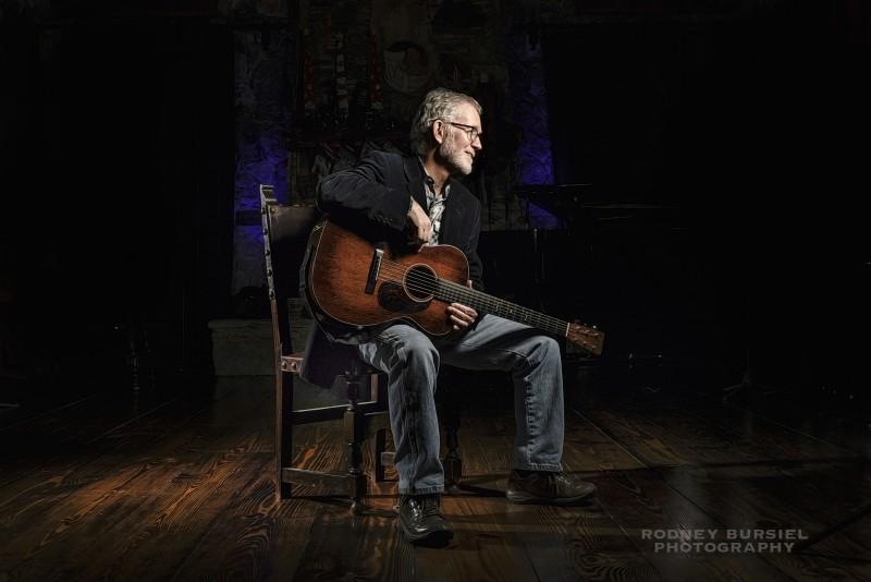 Photo of singer-songwriter Johnsmith