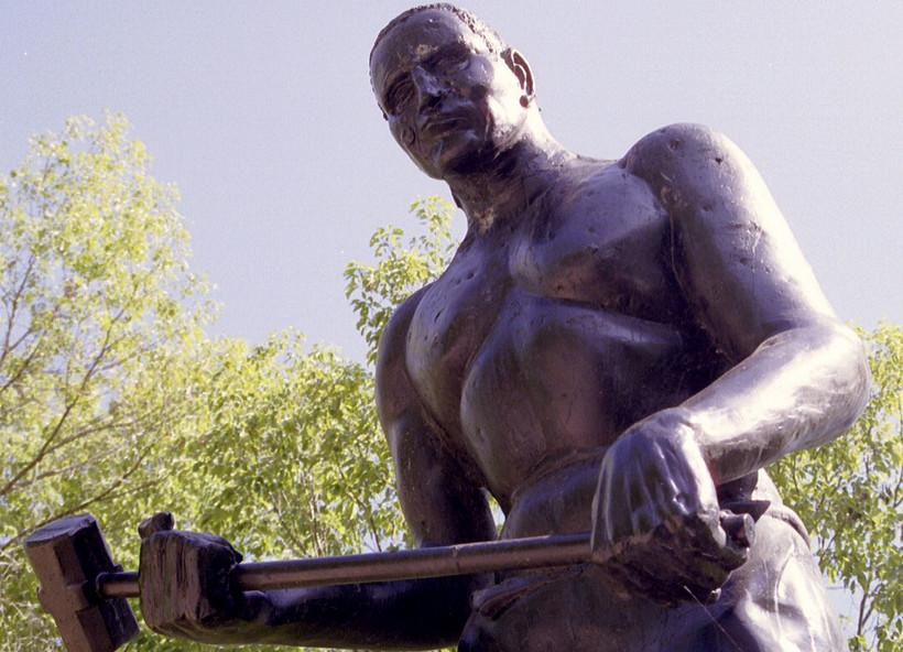 Statue of John Henryalong State Highway 12 near Talcott, WV
