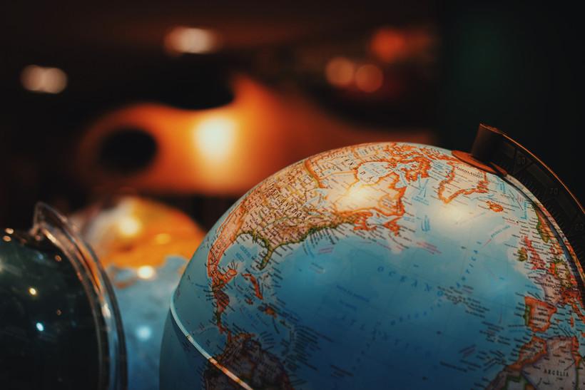 borders on a globe