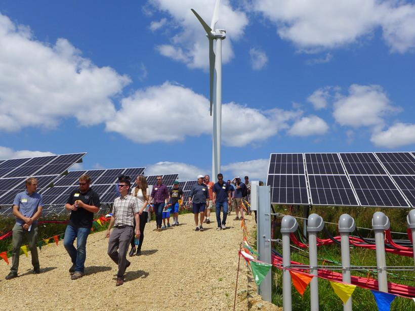 Organic Valley Tours Cashton Solar Site