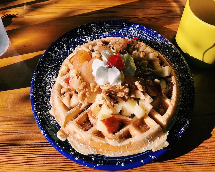 Jewelstone Cafe & Waffle Bar