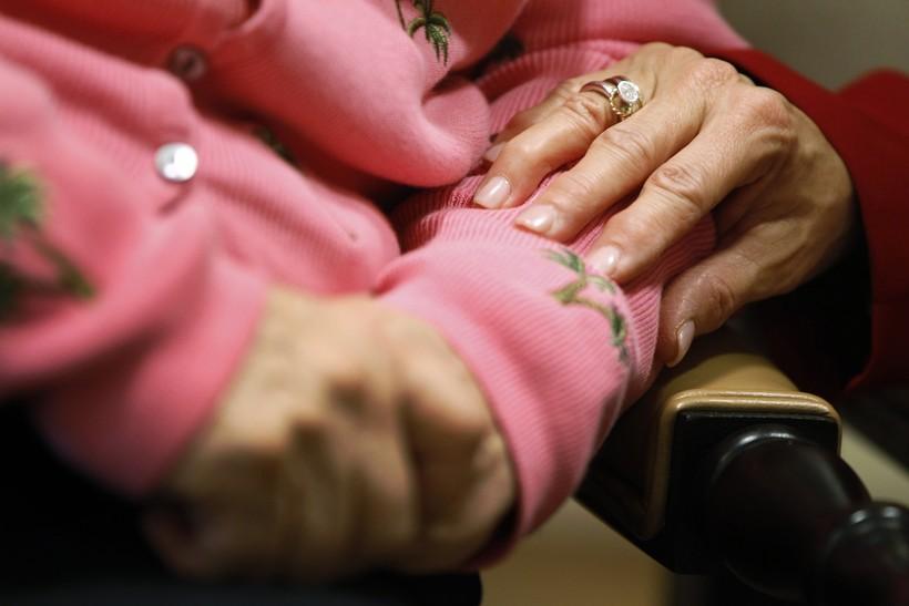 Alzheimer's, Christmas, holidays, dementia